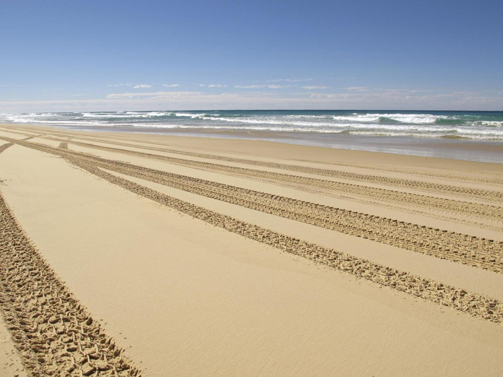 X Tour Fraser Island