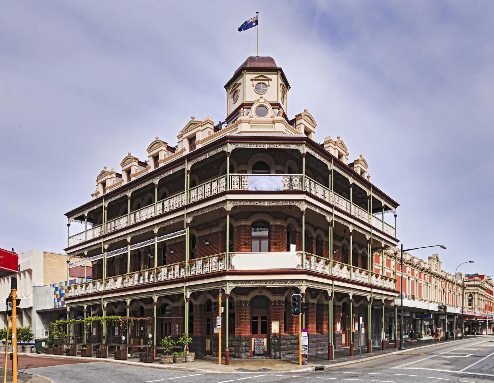 WA Fremantle Hotel Corner