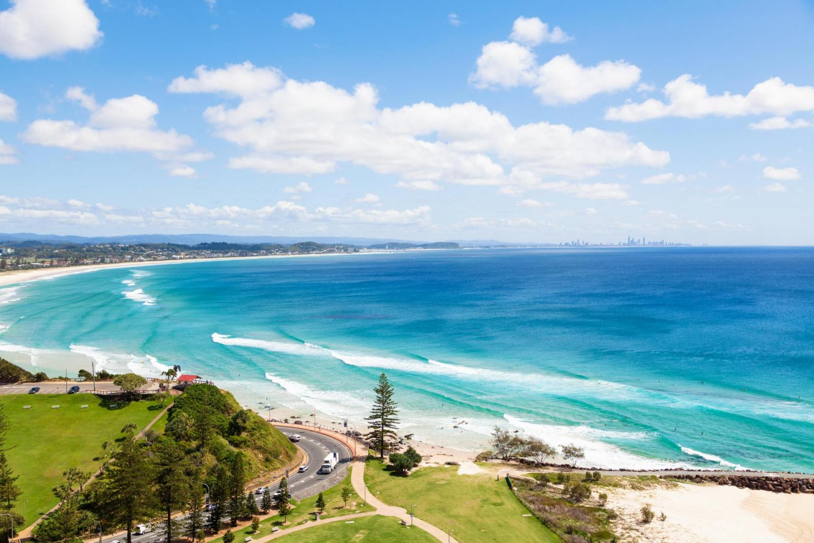 Gold-Coast-kirra-beach-coolangatta-queensland-qld-surfer-161004204733114