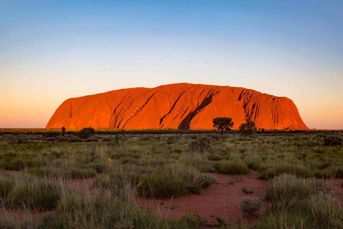 Uluru-NT-170320102531003-e1548065336340.jpg