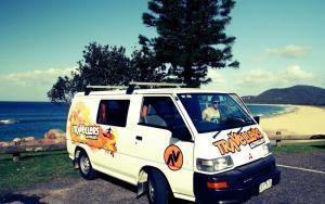 Camper Australien: Minivan von Travellers Autobarn